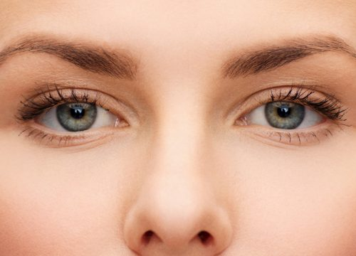 Close-up on a woman's face and eyes